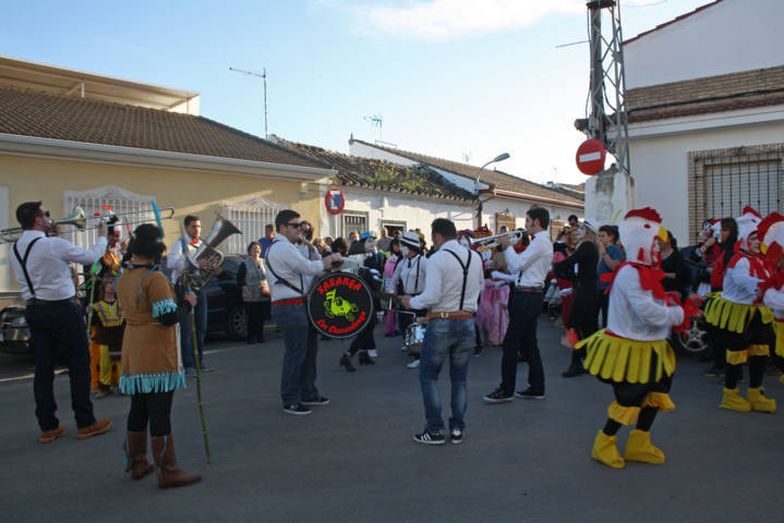 Festividad del domingo de piñata 15