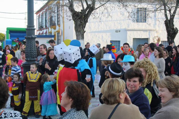 Festividad del domingo de piñata 21